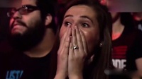 WWE:女版人间怪兽暴走时刻,飞冲裁判,椅子断颈