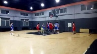 我在苏家屯首届冒汗篮球联赛第六场-篮爱联盟VS胜利2019年03月15日07时57分49秒截了一段小视频
