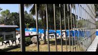 儋州市两院中学学生排队上课