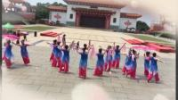 新度女子舞蹈队湄洲岛献舞风筝误2019