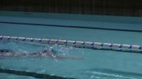 自由式游泳技巧-打水技巧 - YouTube