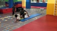 幼儿园放园后,瑶瑶到敏乐加锻练体能(2019年5月13日星期一下午)(4分33秒)