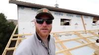 如何建造车库How to Build a Garage Addition17-Installing Zip Sheeting and Dewalt Nailer