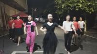 麻双巧女人舞蹈队:《疯狂爱一回》