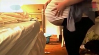 怀三胞胎的孕妇感觉好痛苦 孕晚期强烈宫缩