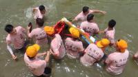 2019顺德杏坛龙潭龙母诞:龙船泼水节