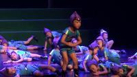 11 舞蹈《团结就是力量》