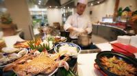柬埔寨金边金界酒店海鲜盛宴 · 金大庭