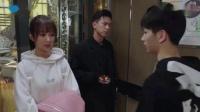 #亲爱的,热爱的#霸道总裁韩商言给佟年糖吃,俩人关系有进展?_好看视频  
