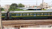 广铁广段的HXD1D型电力机车牵引郑广直达特快Z189次列车从郭塘站经过,轮轨声超级好听!