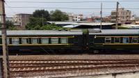 广铁长段的HXD3C型电力机车牵引K201次列车从郭塘站经过,轮轨声超级好听!