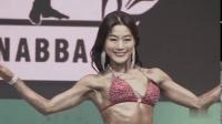 女子健美大赛 长什么样?练肌肉的美女 脸蛋好看肌肉很大