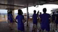 中华泰山号-甲板上的晨练时间