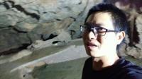 广西桂林小伙夜探婆山洞。