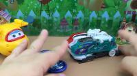 超级飞侠带来梦幻双星爆裂飞车玩具拆箱 爆裂变形测试