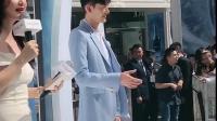 张翰一袭蓝色西装现身活动,翰哥还是那么帅气!