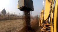 MB-HDS314筛分破碎铲斗配沃尔沃EC180B挖机在意大利环境土壤修复