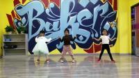 我新学爵士舞五岁