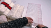 唯骛-绒绒线网格包立体绣斜跨小香风自制送礼视频教程