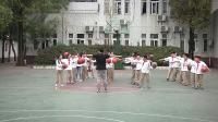 新人教版小学体育与健康3-4年级水平二 一、小篮球2.行进间运球与游戏-曾-省级优课