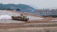 中国VT4坦克到底如何?美军上校进去一看:比俄罗斯强太多