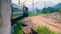 『绿皮车』纪录片【走向消失的绿皮车】-南山矿通勤电铁
