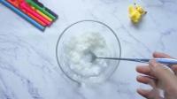 无硼砂自制纸膏泥,像糯米团子一样柔软,材料都是浴室里的东西