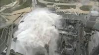 火箭发射瞬间,为什么要喷出400吨的水?难道水也能做推动力?