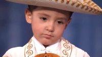 【猴姆独家】Q爆了!三只小正太组合持刀表演墨西哥流浪舞!