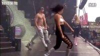 妮姬-米娜(Nicki Minaj)--Starships 爱情星舟(LIVE)
