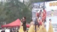 [拍客]洛阳军民举行慈善募捐赈灾义演场面感人