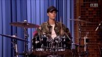 【鱼干飞了】Justin Bieber和Questlove比赛架子鼓 太有才华