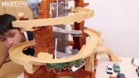 tomy专柜玩具TOMICA合金车轨道场景惊险山道套装电动路轨危险赛道情景玩具