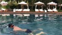 三亚Edition酒店露天泳池游泳