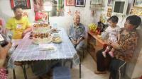 谭茁92岁生日记实