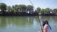 钓鱼 钓鱼技巧 钓鱼教程 钓鱼视频大全