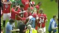 [英超足球联赛]曼联第十个冠军奖杯的庆祝与狂欢!!