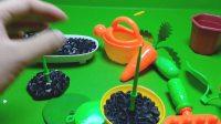 015亲子游戏 喜洋洋与灰太狼水果切切看 喜洋洋农场种花草素材玩具游戏
