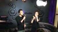 越南伤感歌曲Ngôi Nhà Hoa Hồng (Live Funny Version) - Quang Vin