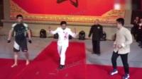 """徐晓冬复出 3分钟5次击倒""""叶问传人"""""""