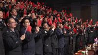 中国首都警官合唱团演唱《新的天地》《我和我的祖国》