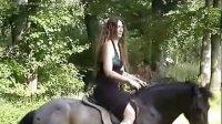 ridingladys-2