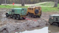 RC 卡车 AXIAL scx10 Maz-537 , ZIL-131 , KRAZ-255