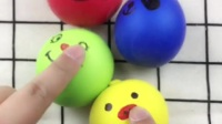 QQ弹弹软软的面粉气球,很发泄的捏捏乐玩具,画上表情就更好玩了