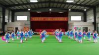 万年县老年大学民舞一班:(山美水美人欢笑)