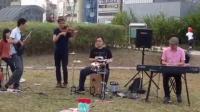 红河马乐团 ft. 黄肇之 on Bass