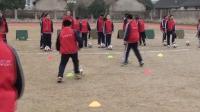 六年級體育《足球運球繞桿》優秀公開課視頻
