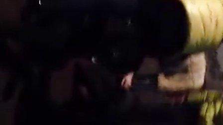 酒醉女打架