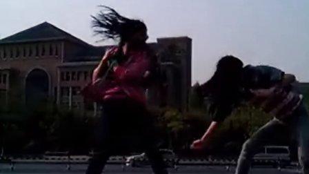陈佳方晋清在杭外门牌上的Ninja大战