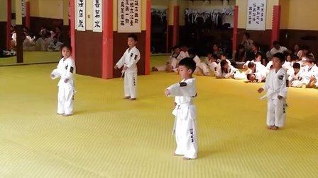 20130525 小鱼考跆拳道黄白带